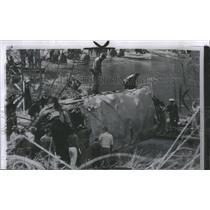 1958 Press Photo Batter school bus is Shocking Reminder - RRS83111