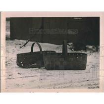 1919 Press Photo Billy Dansey Case baskets - neb17525