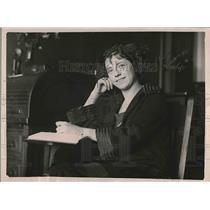 1921 Press Photo Miss Troy at Kindegarten training school