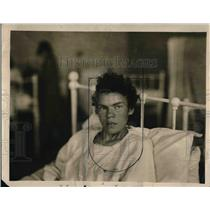 1927 Press Photo German Peasant Girl Servant of New Orleans Women Abused