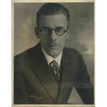 1921 Press Photo Professor Ray Raab Poses