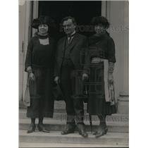 1920 Press Photo Isidore Dockwailer, Mrs Leo Chandlar and Mrs. Williard Doran