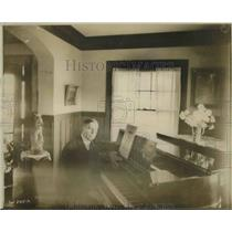 1918 Press Photo George Dostal, Famous Singer.