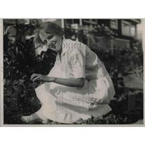 1925 Press Photo Blythe F. Monroe, Soil Expert from California.