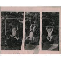 1922 Press Photo Teddy Wright Jr. at Ten Months, An Infant Tarzan Doing Stunts