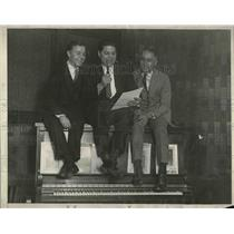 1925 Press Photo Frank Wright, Frank Bessinger and Eddie Pomak on radio