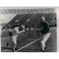 1960 Press Photo Boyd Dowler, Dan Currie, during practice