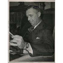 1937 Press Photo Oscar Vitt