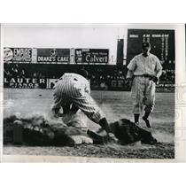 1946 Press Photo Newark Bears Don Savage Out At Third Base In 5th Inning