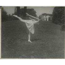 1924 Press Photo Emily Diana Watts Fujitsu Instructor