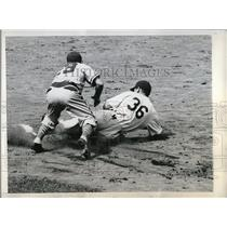 1946 Press Photo Ed Stevens Dodgers Out At 2nd By Skeeter Newsome Phillies MLB