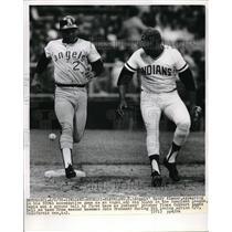1972 Press Photo Sandy Alomar Angels Safe At 1st John Brohamer Cleveland Indians