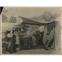 1924 Press Photo California Camp Scene