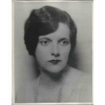 1933 Press Photo Julia Boyd, pattern artist for Newspaper Enterprise Association