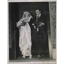 1938 Press Photo Mr. & Mrs. Theodore Haurchka after their wedding - nea85205