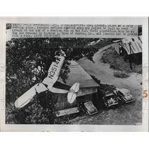 1949 Press Photo Mrs. Opal Koonce, pilot of crop dusting plane, crashed