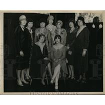 1929 Press Photo Members of the Sleepy Hollow Country Club with Pres.H.R.Mills.
