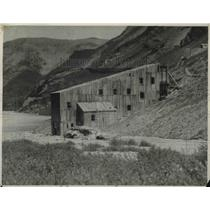 1924 Press Photo View of Old Gold Mine - nea85626