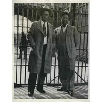 1933 Press Photo Arz. State Prison warden A.G. Walker & asst warden Gene Shute