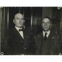 1920 Press Photo Attorney L.K. Porter and Dr. W.L. Fincke