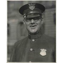 1926 Press Photo William F. Geiger, Former Traffic Policeman at Crockett Court