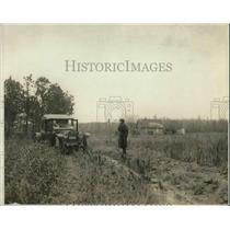 1919 Press Photo County Prosecutor Gaskin of Atlantic Co. Near Koons Home