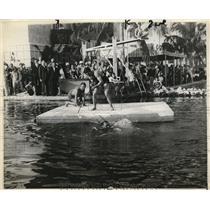 1929 Press Photo Miami Beach, Fla, Wm Stribling, Jack sharkey fishing contest