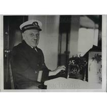 "1932 Press Photo Most Unusual American Magazine Editors Harry Berg ""Sea Breeze"""