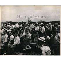 1947 Press Photo Crowd Watches as Death Ends Air Show