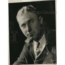 1931 Press Photo Pilot C.A. Allen prior to his trans-Pacific flight