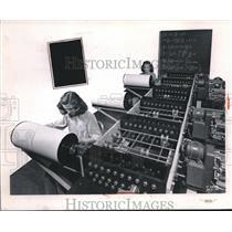 1950 Press Photo Aircraft wing structure at NACA Langley labs - neb59907