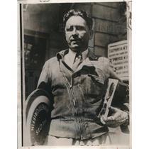 1932 Press Photo Bennett Griffin with Instruments of Wrecked World Flight Plane