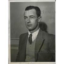 1931 Press Photo Pilot Hugh Herndon Prepares For Upcoming Round The World