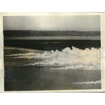 1926 Press Photo New Smoke Bomb From Planes of Aircraft Squadron - neb85098
