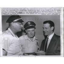 1957 Press Photo Little Rock Mayor Woodrow Mann with Officers Laird & Jeffcoat