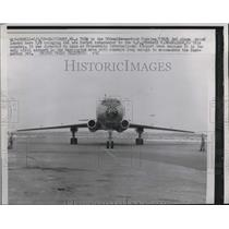 1958 Press Photo Baltimore, Md Russian TU-104 jet plane lands with Ambassador