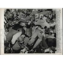 1974 Press Photo Jess Phillips, New Orleans Saints, Tom Jackson, Denver Broncos