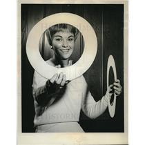 1962 Press Photo Steel Mesh & Plastic Bearings Provide Squeak Free Ride Airplane