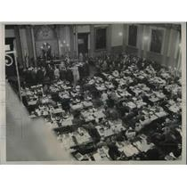 1933 Press Photo Lansing, MichReps in Hall at State Capitol - neb95281