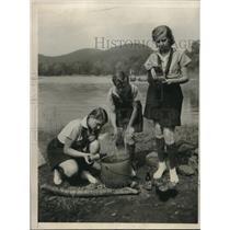 1932 Press Photo Martha Kostelak, Caroline Cummings and Beth Hughes Making Jelly