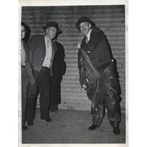 1946 Press Photo Joseph Weldon in Nazi Submarine Uniform Made of Leather & Wool