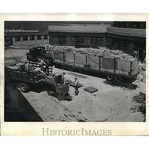 1944 Press Photo La Guardia Field New York Air Cargo - neb93427