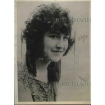 1923 Press Photo Mlle. Hallier, considered the most beautiful woman in France