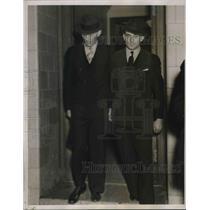 1938 Press Photo Otto Hermann Voss & Erich Glaser On Nazi Spying Leaving Court
