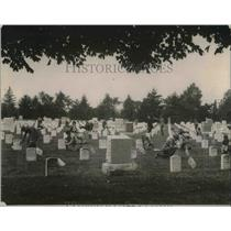 1921 Press Photo Boy Scouts place flags at Arlington Natl Cemetery in VA.
