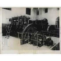 1931 Press Photo Vatican Radio Station Dynamo Room  Papal City