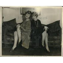 1927 Press Photo English musical star Peggy Vere Mouvet & Elanor Mouvet ready to