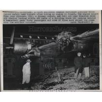 1950 Press Photo Chicago,Ill. plane lands safely after dropping engine