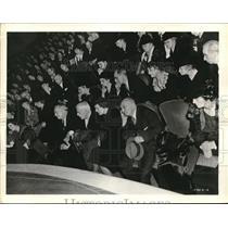 1938 Press Photo audience at Town Meeting, NBC Blue Thursdays