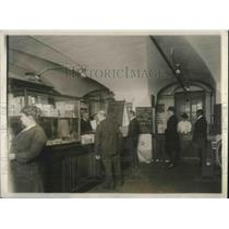 1920 Press Photo Co-op store at US Treasury Dept for employees